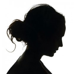 woman-black-silhouette-0311-mdn